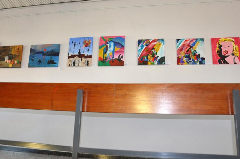 Kunstausstellung im Hauptgebäude