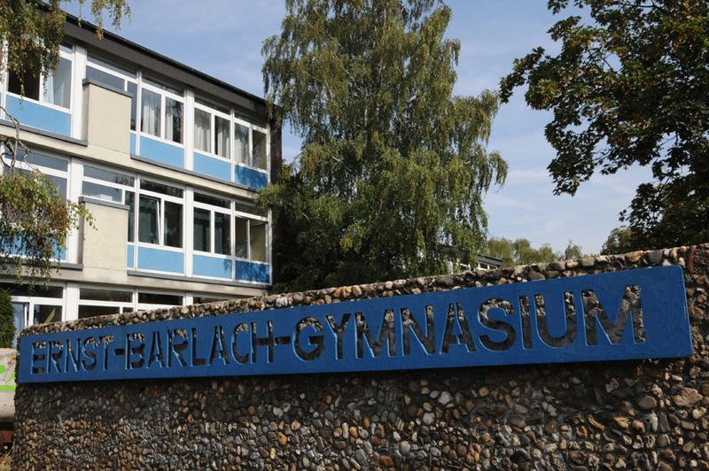 Unsere Schule von Außen