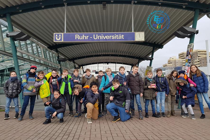 5b besucht das Alfried – Krupp – Schülerlabor der Ruhruniversität Bochum