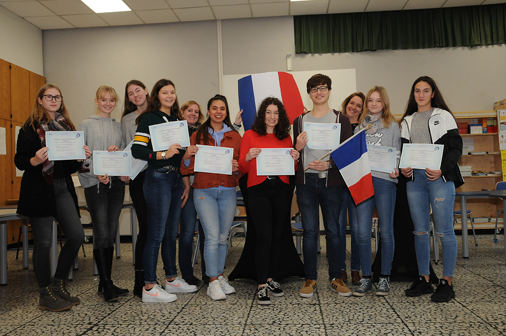 EBGler erhalten DELF Diplome