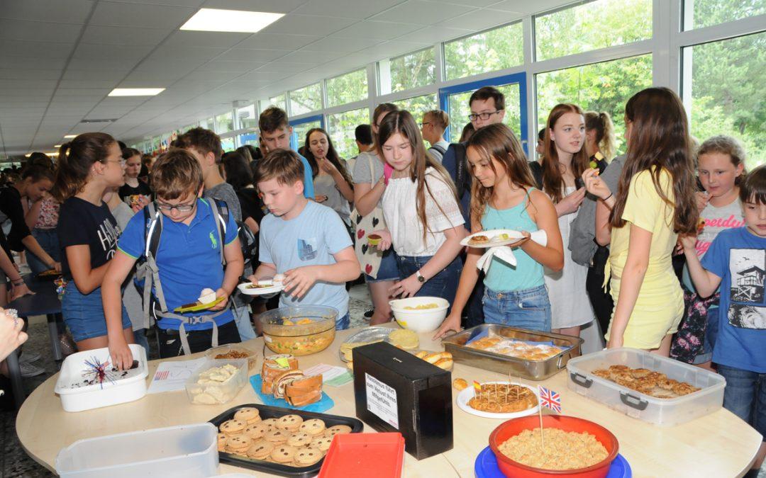 """Kulinarische Begegnungen – das EBG auf dem Weg zur """"Schule ohne Rassismus – Schule mit Courage"""""""