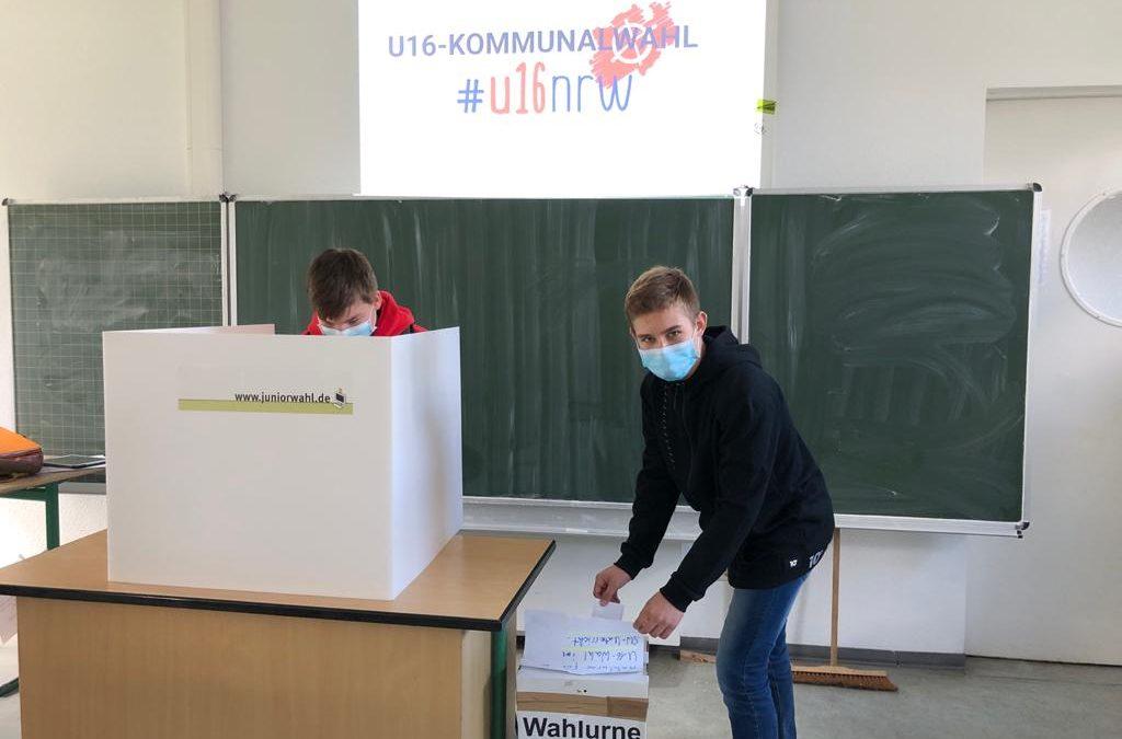 Simulierte Bürgermeister- und Stadtratswahlen am EBG